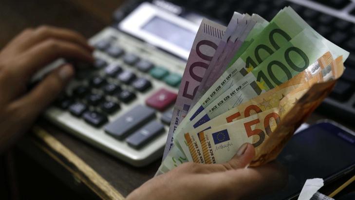 Словения е с най-висока, а Македония – с най-ниска заплата в региона