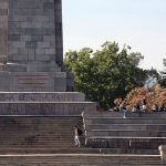 Паметникът на Съветската армия отново осъмна с надписи
