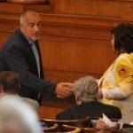 Борисов и Нинова не успяха да се осъдят един друг