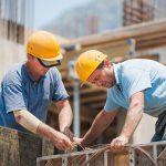 Над 25% от работещите българи планират емиграция