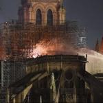 """Според прокуратурата на Париж пожарът в """"Нотр Дам"""" е злополука"""