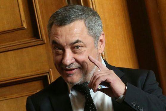 Валери Симеонов: Пред очите на всички ГЕРБ влезе в коалиция с ДПС