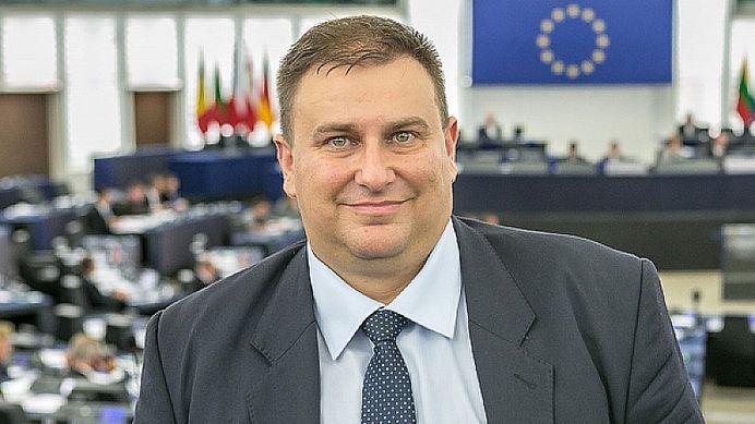 Спряганият за наследник на Цацаров Емил Радев е обявен за евродепутат от ЦИК