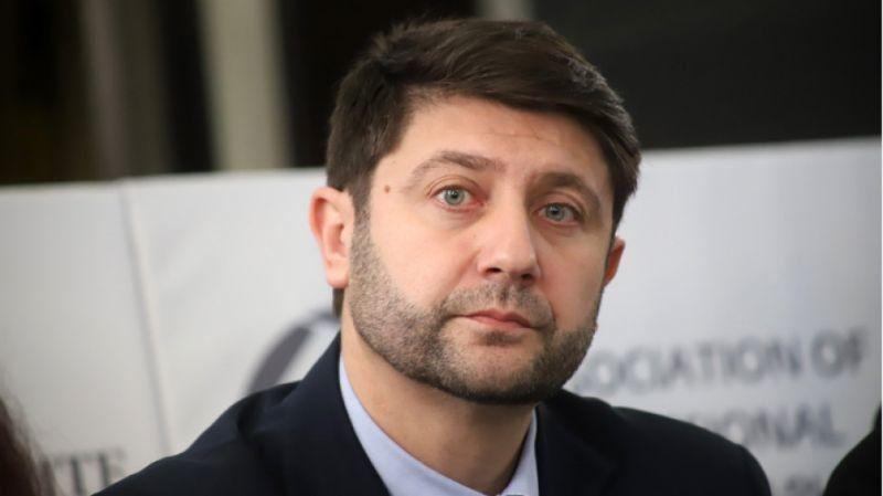 Шефът на КЗЛД се закани да наложи строги санкции на НАП