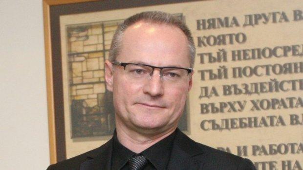Лозан Панов: Изборът на Гешев е режисиран